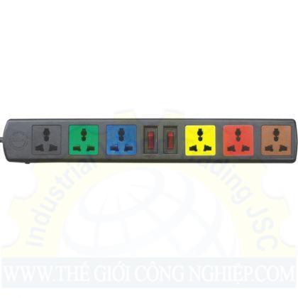 Ổ gồm 6 đầu cắm 3 chấu, 2 công tắc riêng biệt có nắp che Lioa 6D32N, dây dài 3m 2 lõi 2200W